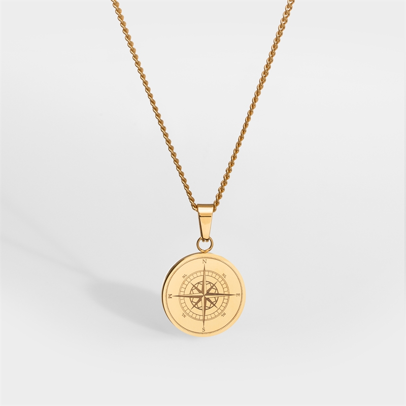 Northern Legacy Compass Pendant Gol