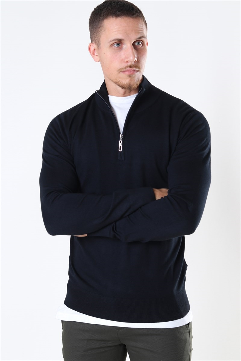 Jeff Argento Half Zip Black